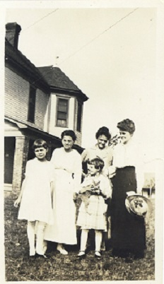 Frances Allen, Dr. Daisy Emery Allen, Sheila Allen, Lottie Emery, and Anna Emery