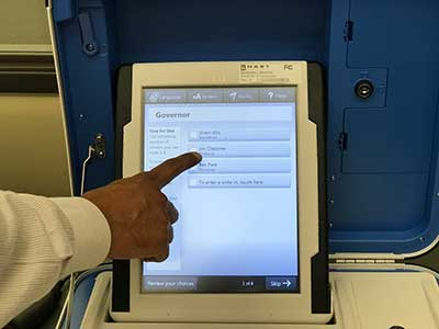 New Voting Machine at Tarrant County